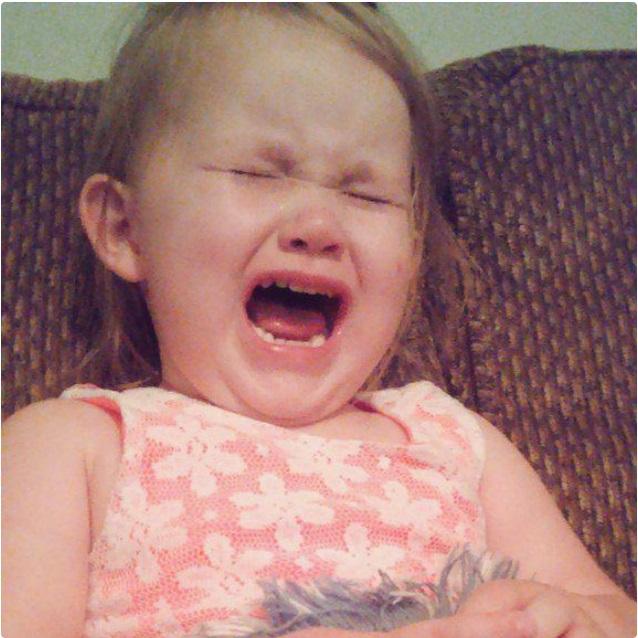 """""""Sao mẹ không ăn miếng bánh pizza đang nhai dở?"""" là một trong vô vàn những lý do của lũ trẻ mỗi khi thích khóc - Ảnh 9."""