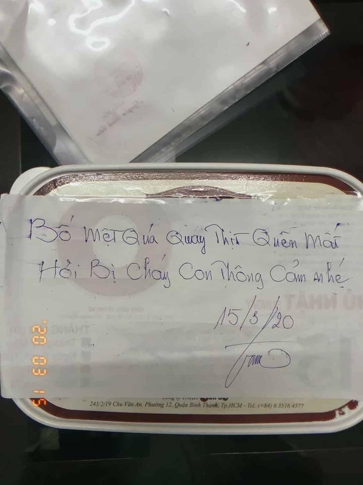 Tiếp tế đồ ăn cho con ở Hà Nội nhưng không may nấu bị cháy, bố gửi kèm tờ giấy giải thích lý do siêu đáng yêu không ai nhịn được cười - Ảnh 1.