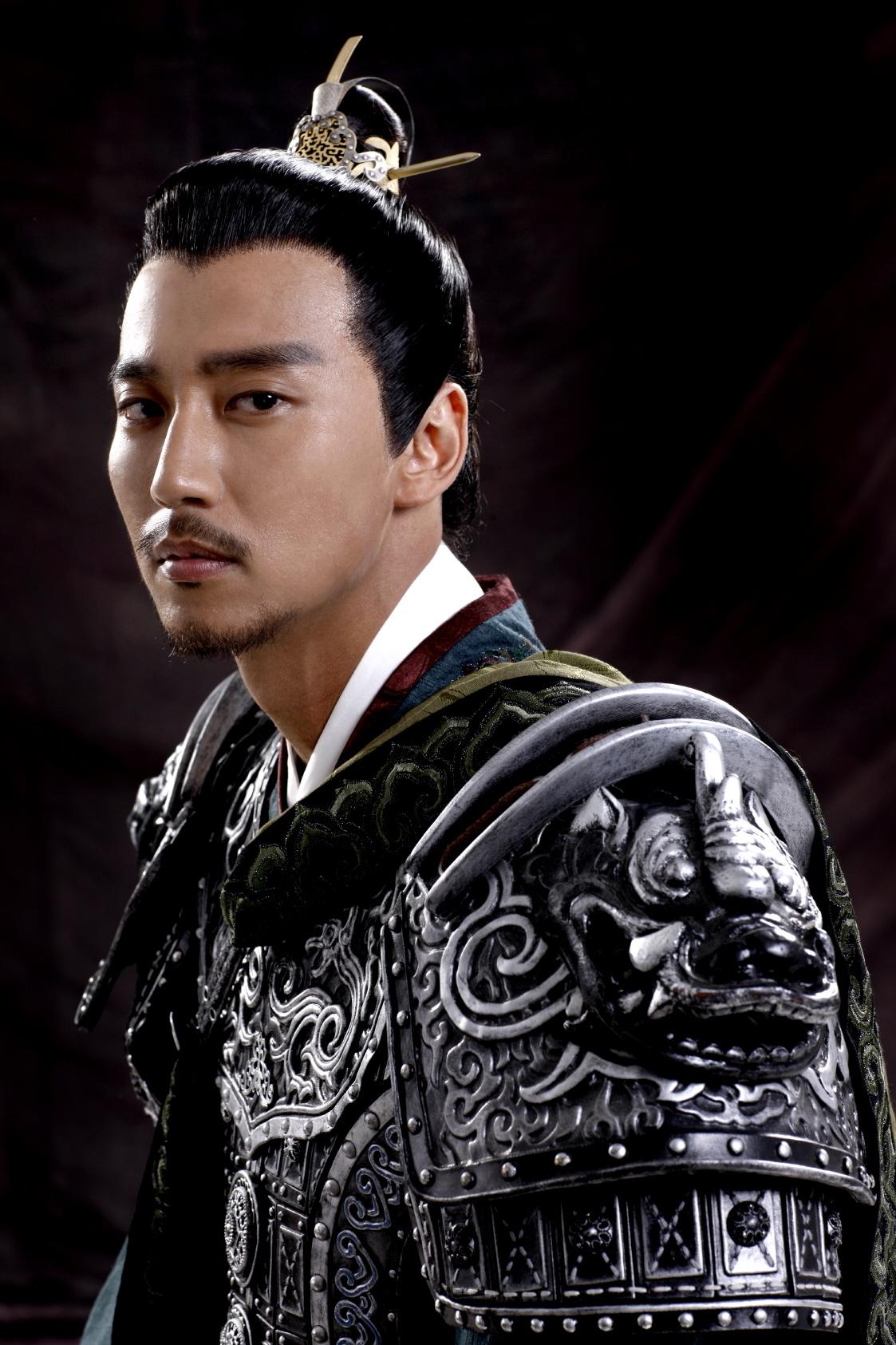 """Trước Hyun Bin, Son Ye Jin từng có tin """"hẹn hò"""" người đàn ông này: Danh tiếng, ngoại hình chẳng hề thua kém mỹ nam """"Hạ cánh nơi anh"""" - Ảnh 5."""
