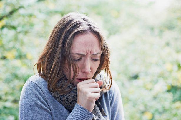 """Không giống bệnh hô hấp thông thường, những người nhiễm Covid-19 thường có thêm những """"tín hiệu"""" này khi sốt, ho - Ảnh 2."""