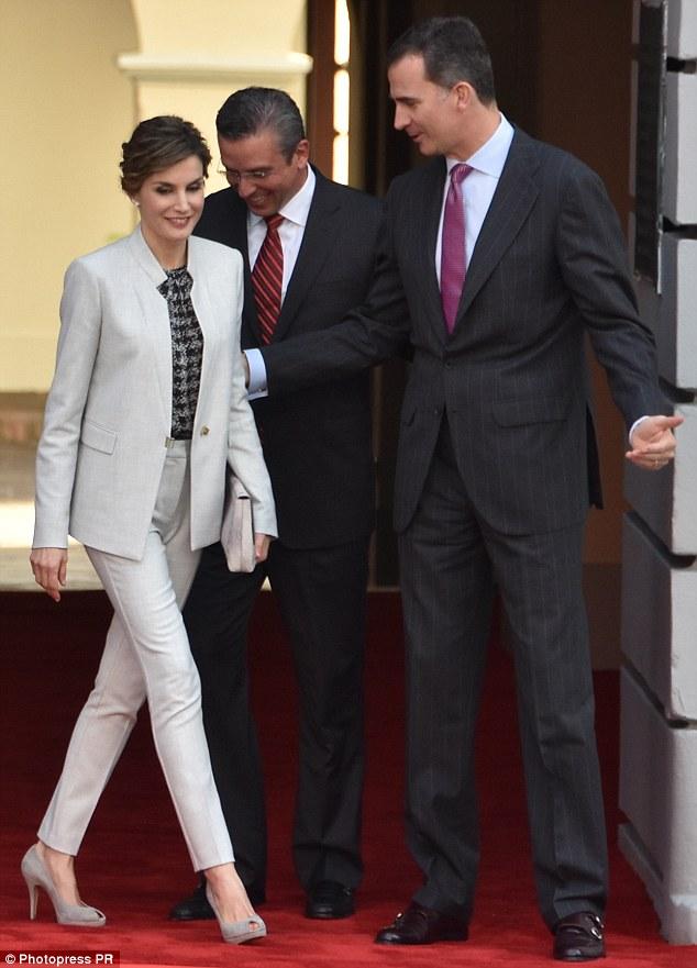 Học ngay tuyệt chiêu diện suit từ người phụ nữ mặc suit đẹp nhất giới Hoàng gia: Hoàng hậu Letizia - Ảnh 4.