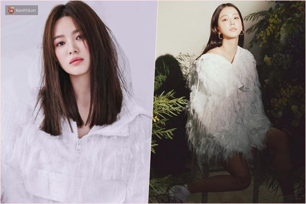 """Thật """"cân não"""" khi Song Hye Kyo - Jisoo đụng hàng: Tường thành nhan sắc kín như bưng, idol trẻ buông lơi lả lướt quá - Ảnh 7."""