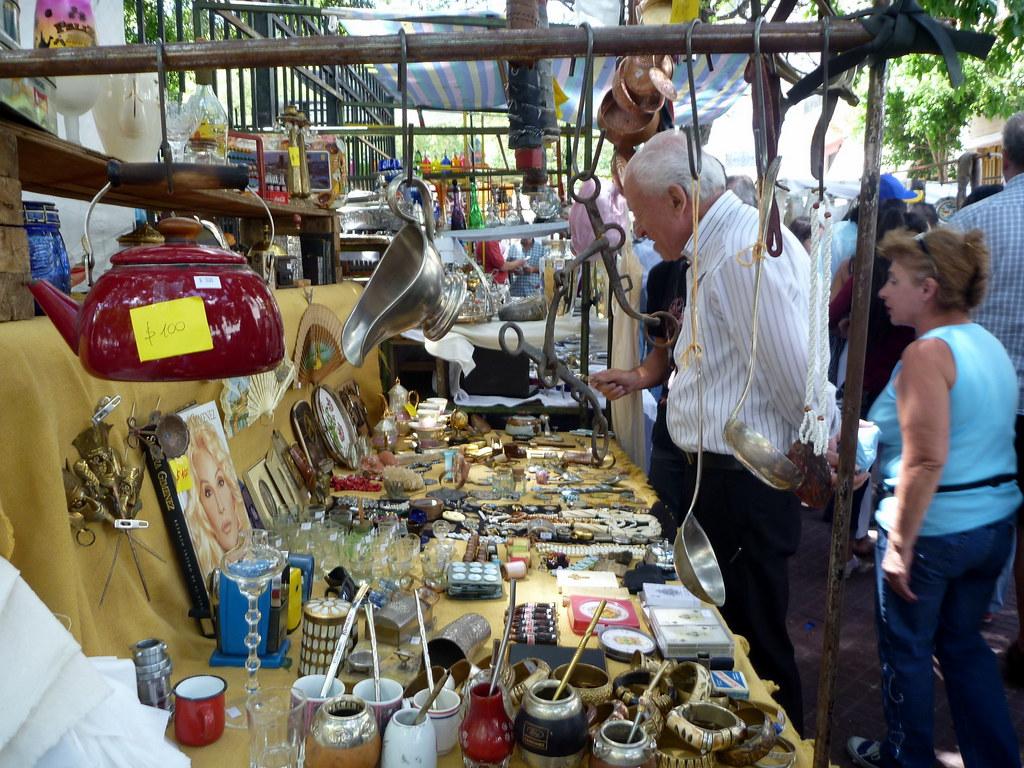 Chỉ họp vào Chủ nhật, phiên chợ chuyên bán đồ cổ và thủ công mỹ nghệ đậm chất Argentina khiến nhiều người không thể bỏ lỡ - Ảnh 10.