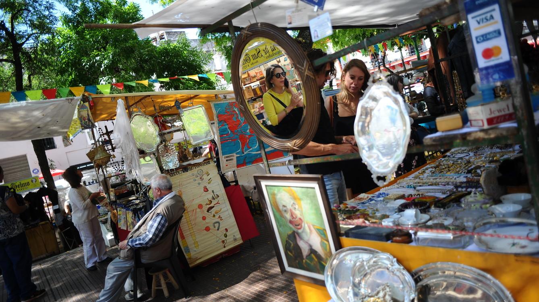 Chỉ họp vào Chủ nhật, phiên chợ chuyên bán đồ cổ và thủ công mỹ nghệ đậm chất Argentina khiến nhiều người không thể bỏ lỡ - Ảnh 5.