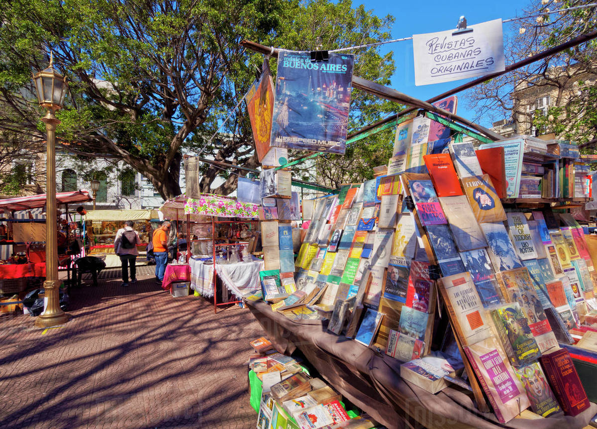 Chỉ họp vào Chủ nhật, phiên chợ chuyên bán đồ cổ và thủ công mỹ nghệ đậm chất Argentina khiến nhiều người không thể bỏ lỡ - Ảnh 8.