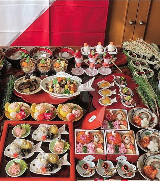 Hot mom 3 con Nhật Bản được các bà mẹ khắp thế giới ngưỡng mộ vì tài biến hóa đồ ăn từ trứng, làm bento hấp dẫn đến mức lên cả trang bìa Vogue - Ảnh 11.