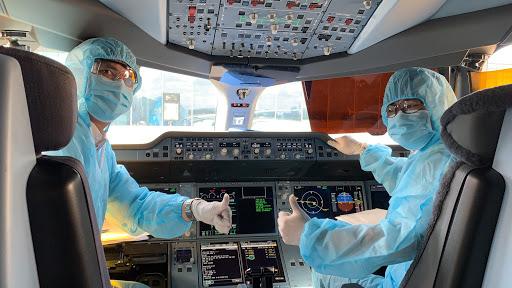 Hành trình di chuyển của phi công thuộc Vietnam Airlines dương tính Covid-19 - Ảnh 1.