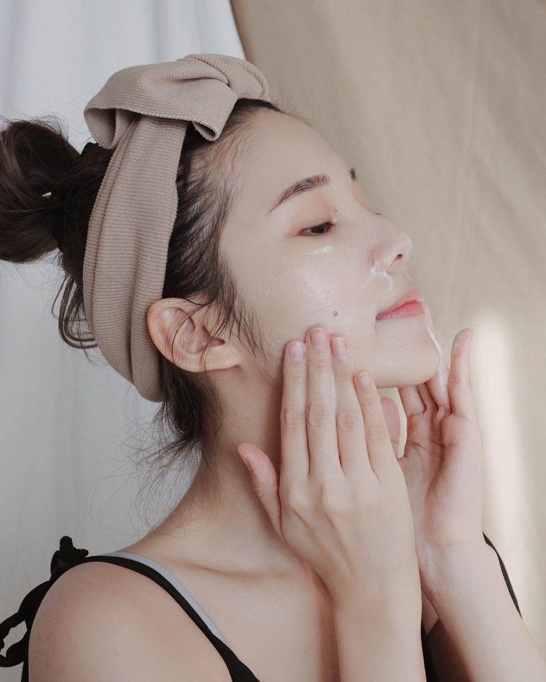3 bước skin care nhất định phải thực hiện vào buổi tối, nếu không cứ xác định da xấu vô phương cứu chữa - Ảnh 2.