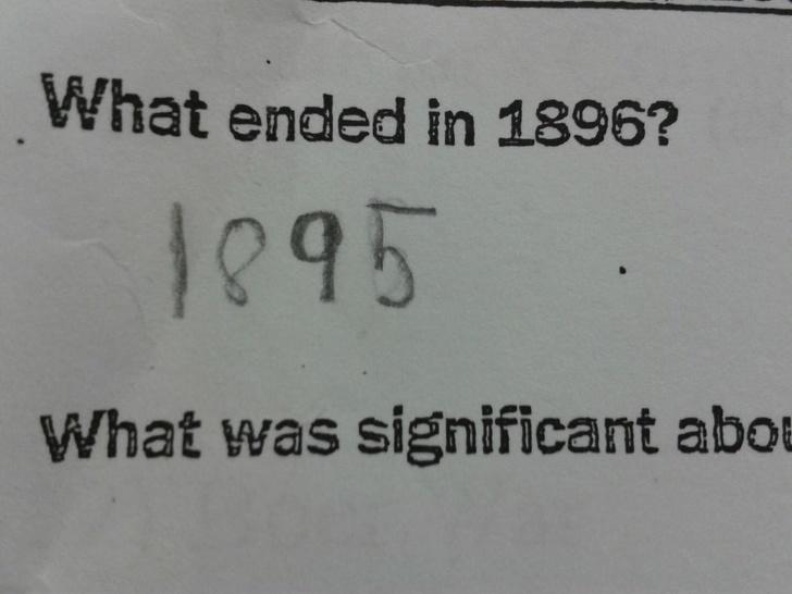 Cười bò với loạt câu trả lời khó đỡ trong bài kiểm tra của học sinh, có câu vô lý đến mức giáo viên đành ôm đầu bất lực - Ảnh 12.