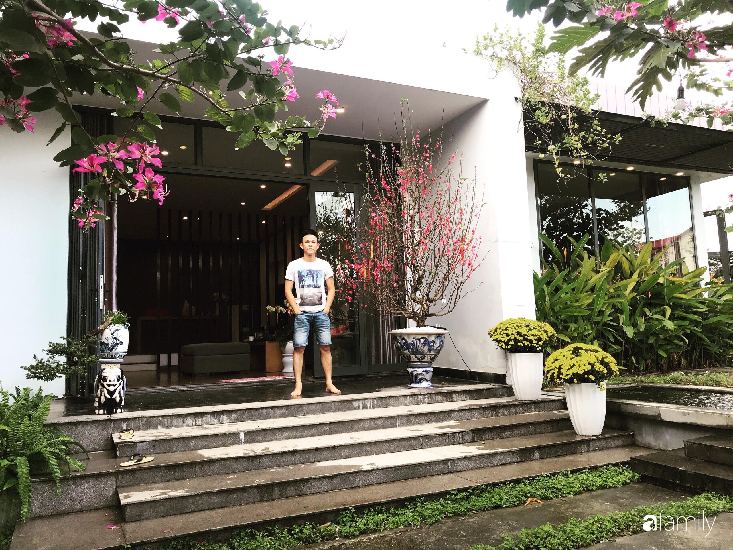 Chàng sinh viên kiến trúc tự decor vườn 200m² với cây xanh và ao cá cho gia đình 4 thế hệ ở ngoại ô Đà Nẵng - Ảnh 1.