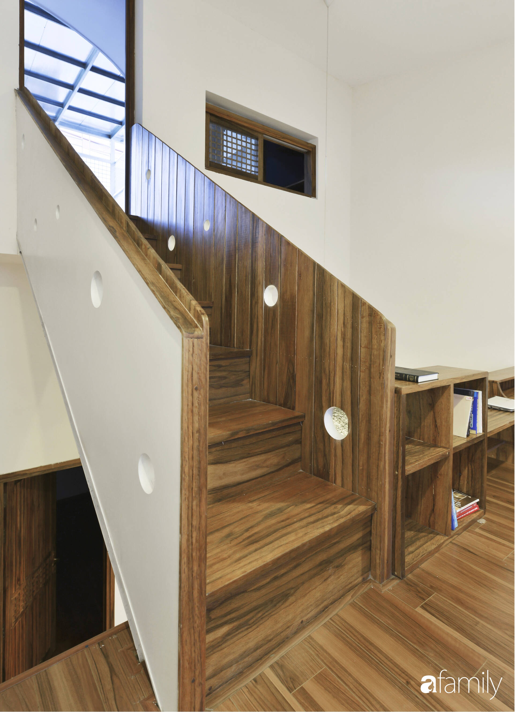 Vẻ đẹp của gỗ kết hợp nội thất đơn giản trong ngôi nhà 45,6m² ở ngõ nhỏ Hà Nội sau khi cải tạo - Ảnh 9.