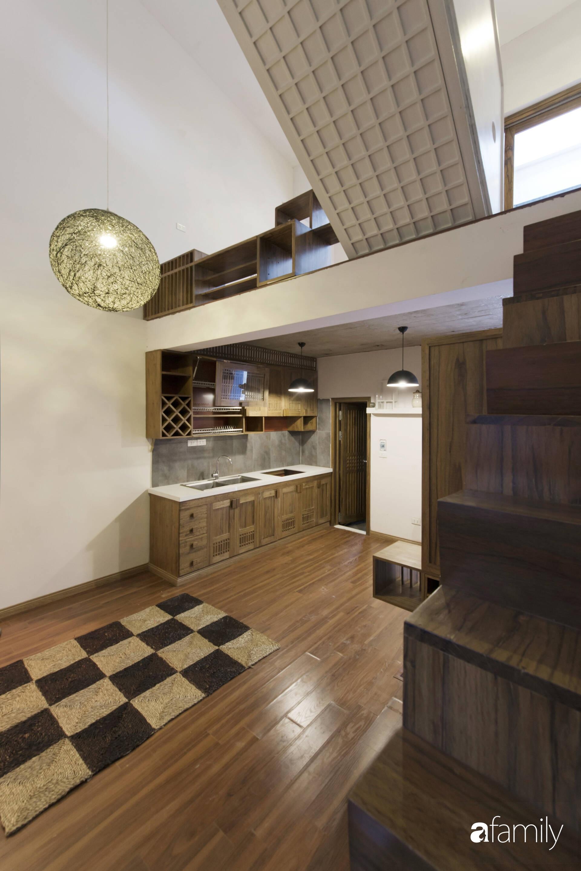 Vẻ đẹp của gỗ kết hợp nội thất đơn giản trong ngôi nhà 45,6m² ở ngõ nhỏ Hà Nội sau khi cải tạo - Ảnh 4.