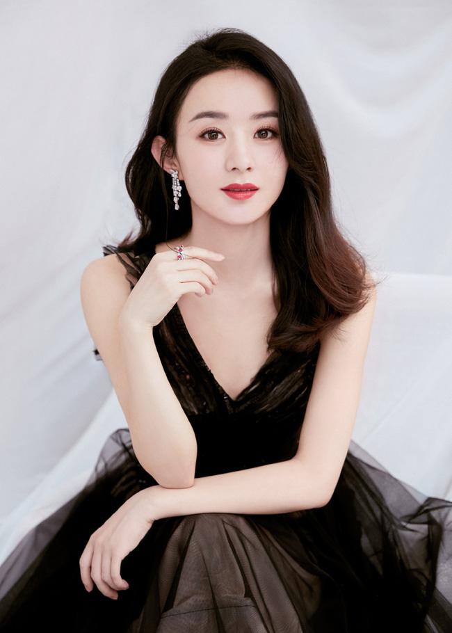 """Triệu Lệ Dĩnh đóng vai nàng dâu bị mẹ chồng Huệ Anh Hồng hành hạ trong phim """"Thu Cúc đi kiện"""" - Ảnh 5."""