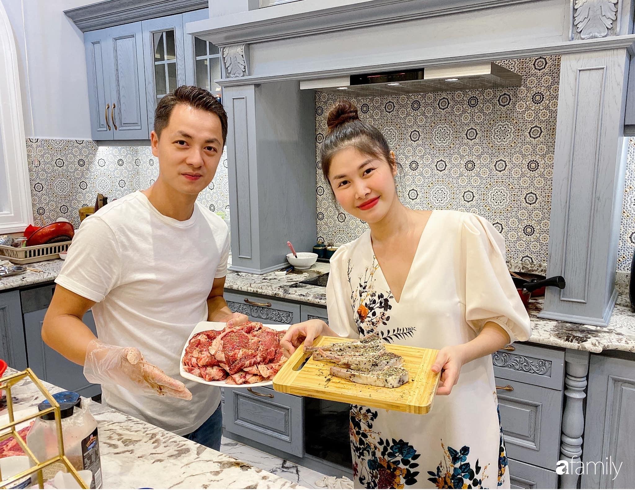"""""""Nghiện"""" sắm đồ bếp, hot mom Thủy Anh vợ Đăng Khôi tự decor không gian nấu nướng đẹp ngút ngàn - Ảnh 1."""