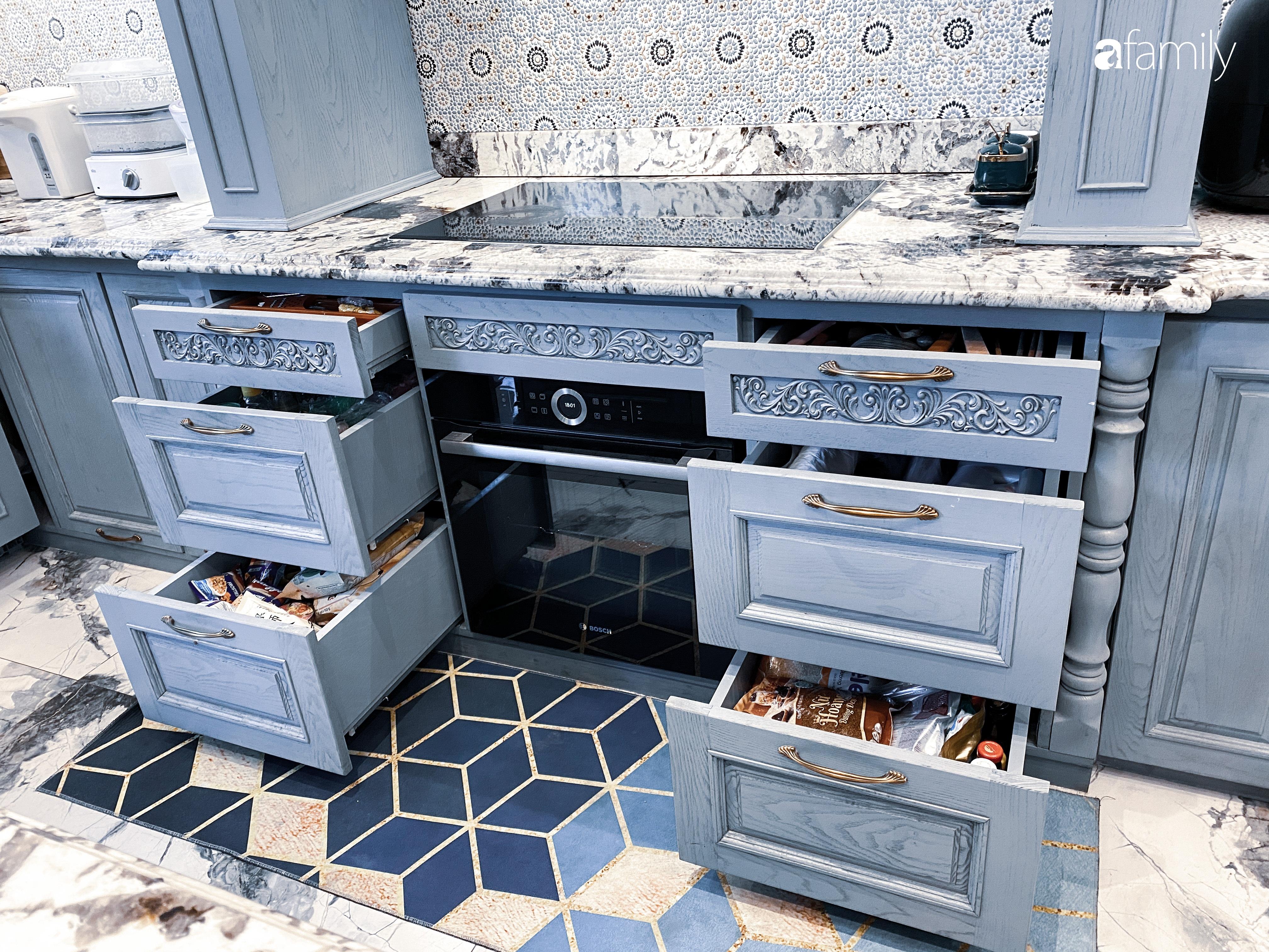 """""""Nghiện"""" sắm đồ bếp, hot mom Thủy Anh vợ Đăng Khôi tự decor không gian nấu nướng đẹp sang chảnh ngút ngàn - Ảnh 13."""