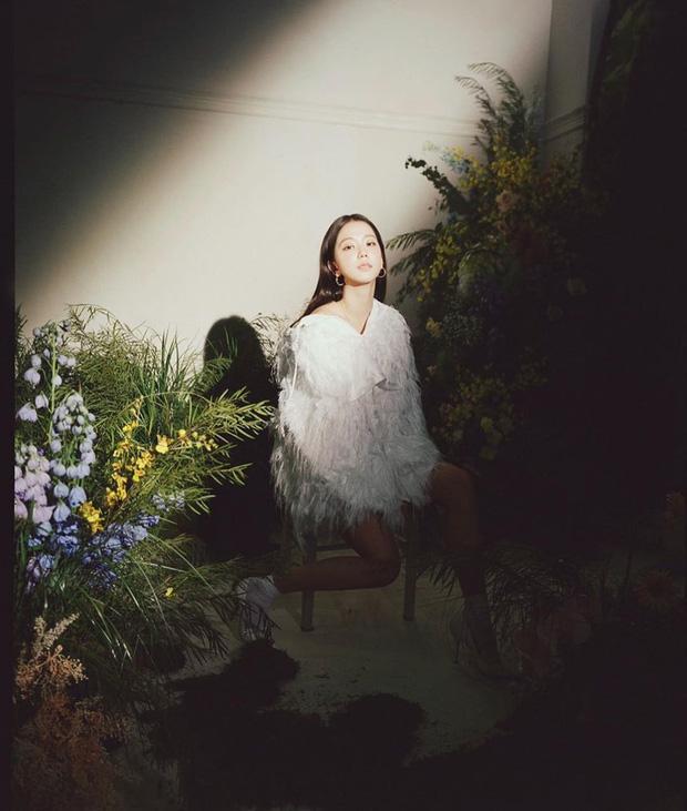 """""""Bà hoàng Hermès"""" đối đầu trực tiếp với Song Hye Kyo và Jisoo, chứng minh """"bức ảnh tỏa ra mùi tiền"""" là có thật - Ảnh 4."""