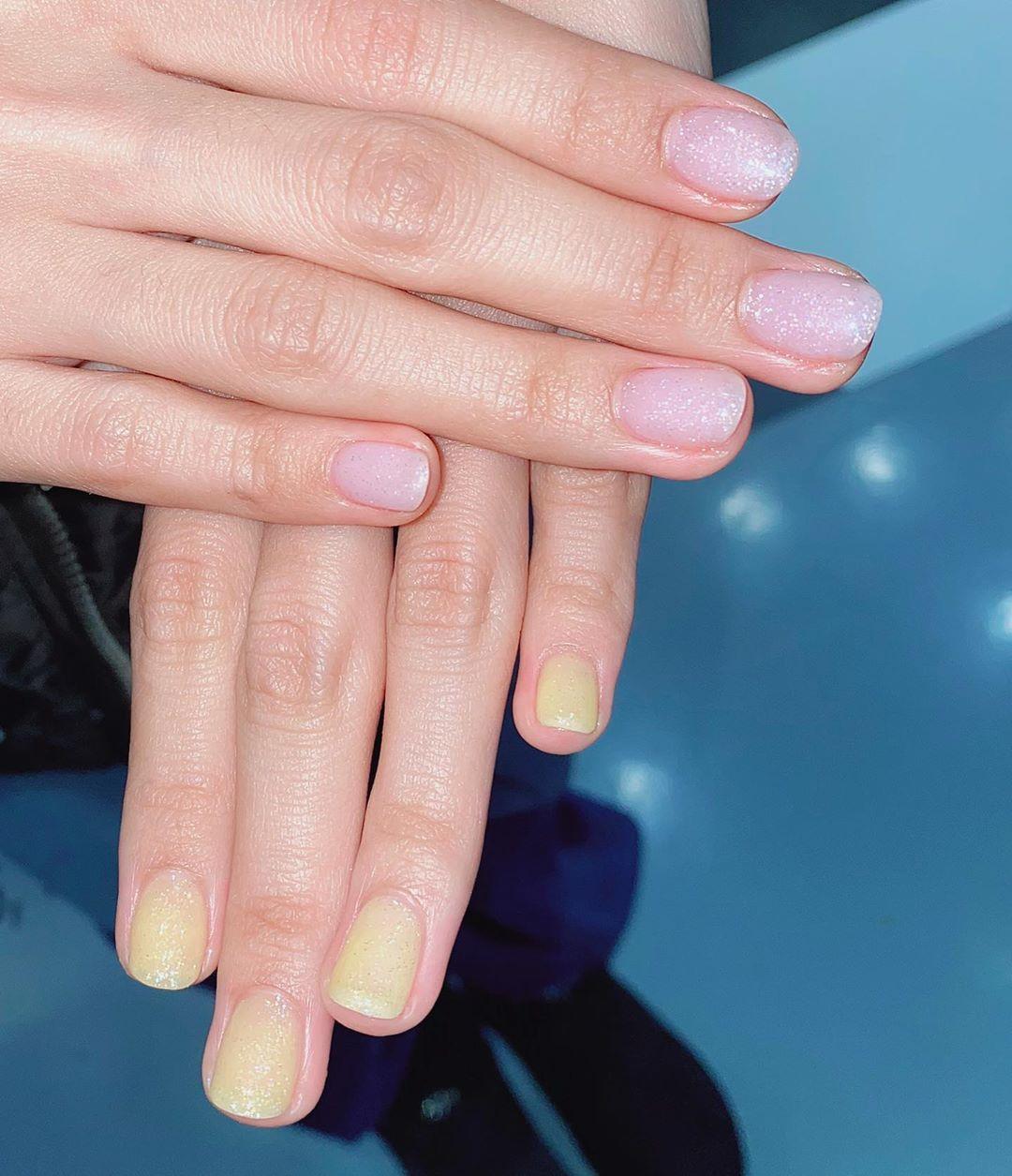 10 kiểu nail đơn giản các chị em có thể tự làm ở nhà mà cũng sang -  xịn - mịn vô cùng - Ảnh 9.