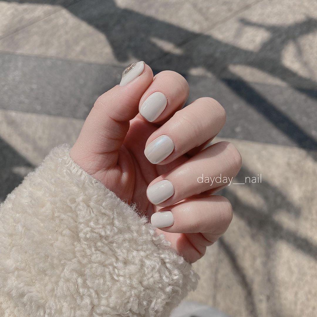 10 kiểu nail đơn giản các chị em có thể tự làm ở nhà mà cũng sang -  xịn - mịn vô cùng - Ảnh 7.