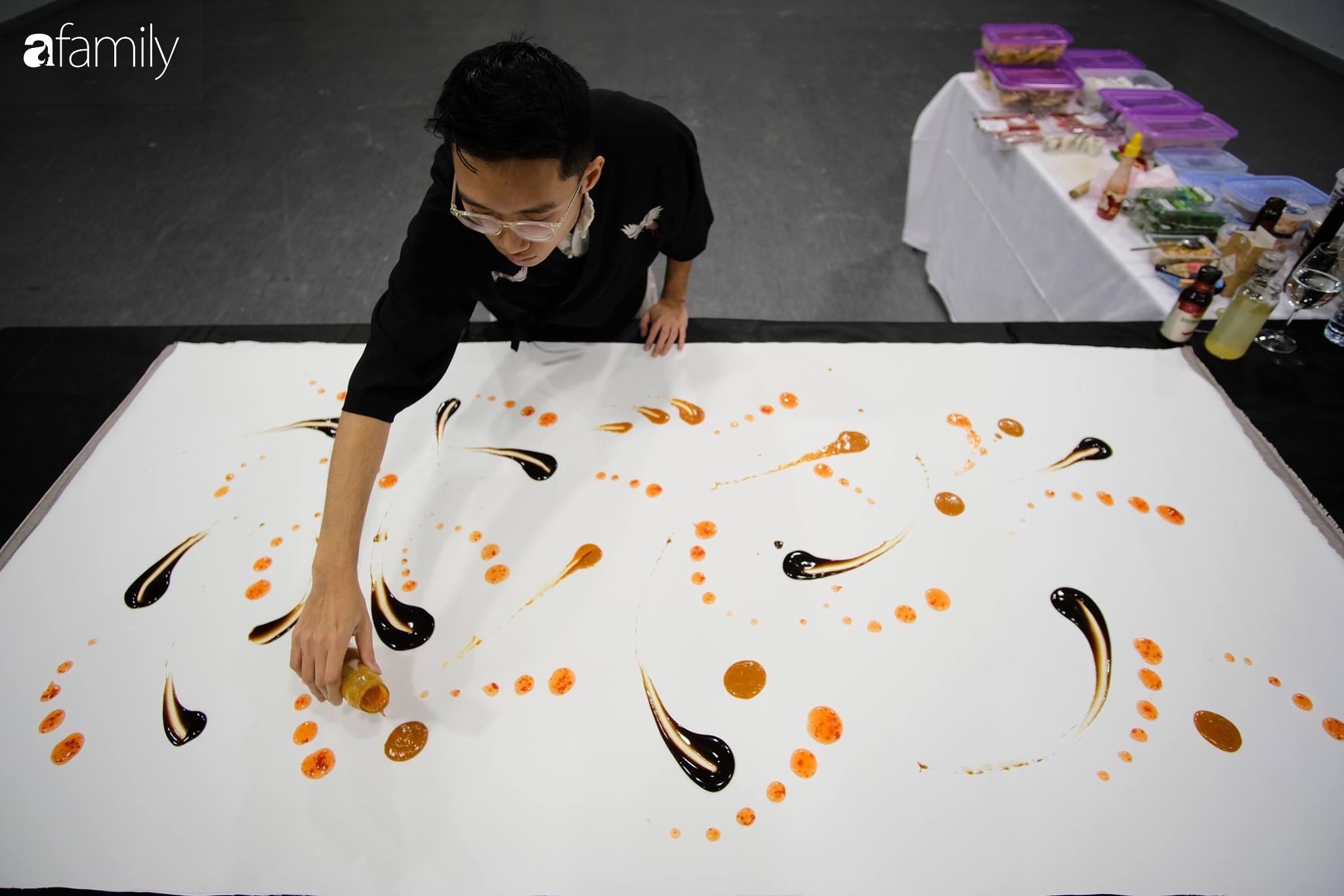 """Trò chuyện với chàng du học sinh người Việt đang nổi đình đám nhờ tài vừa nấu vừa """"vẽ"""" bằng đồ ăn: """"Em sẽ thiết kế và kiêm luôn đầu bếp nhà hàng của riêng mình"""" - Ảnh 9."""