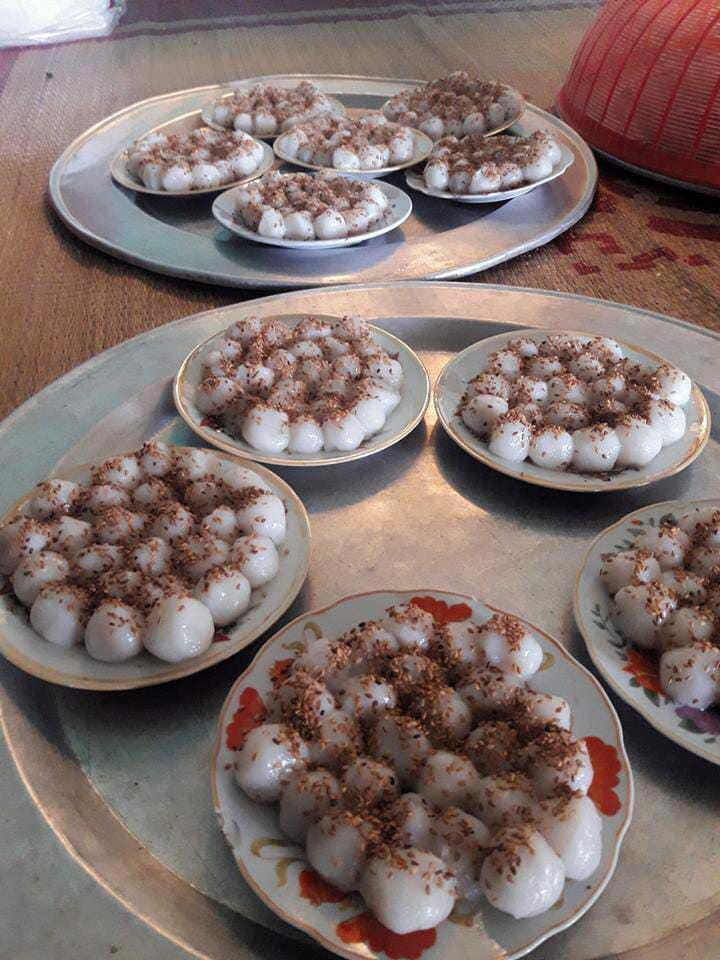 Nghỉ học, các con ở nhà giúp bố mẹ làm bánh trôi nước ngày Tết Hàn thực và thành quả tan nát khiến ai cũng cười nghiêng ngả - Ảnh 9.