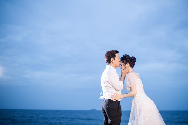 Trường Giang - Nhã Phương tung trọn bộ ảnh lãng mạn trong lễ đính hôn bí mật trên bãi biển sau hơn 1 năm về chung một nhà - Ảnh 6.
