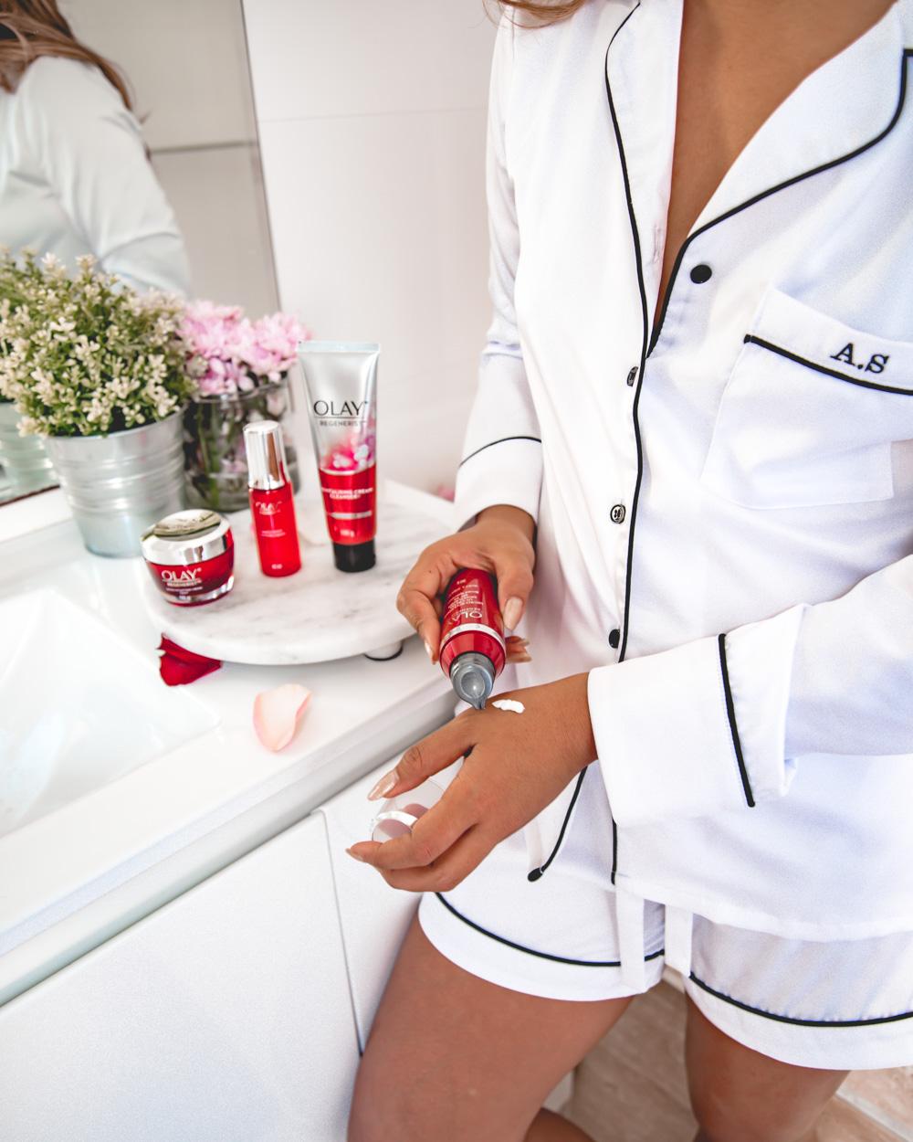 Nghỉ dịch lười bôi trát, 8 loại kem dưỡng ẩm kiêm chống nắng sẽ giúp các nàng chống lão hóa thành công - Ảnh 7.