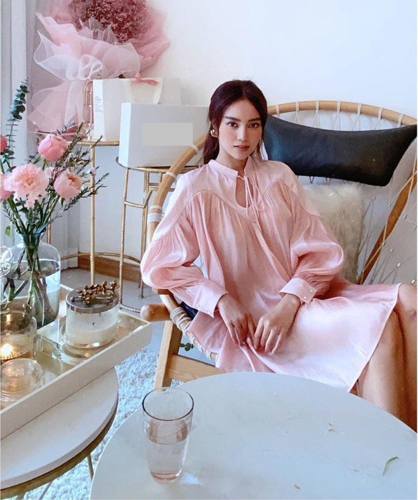 """Đụng váy với Ninh Dương Lan Ngọc, mẹ bỉm sữa Diệp Lâm Anh khiến dân tình phải """"cân não"""" ai mới là người đẹp hơn - Ảnh 2."""