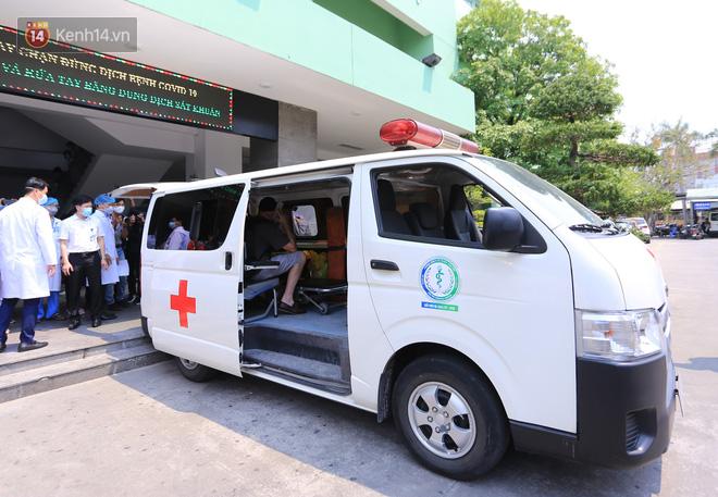 Tâm sự của bác sĩ chữa khỏi Covid-19 cho 3 bệnh nhân ở Đà Nẵng: Chúng tôi hứa sẽ tiếp tục chiến đấu vì cuộc chiến này còn dài - Ảnh 4.