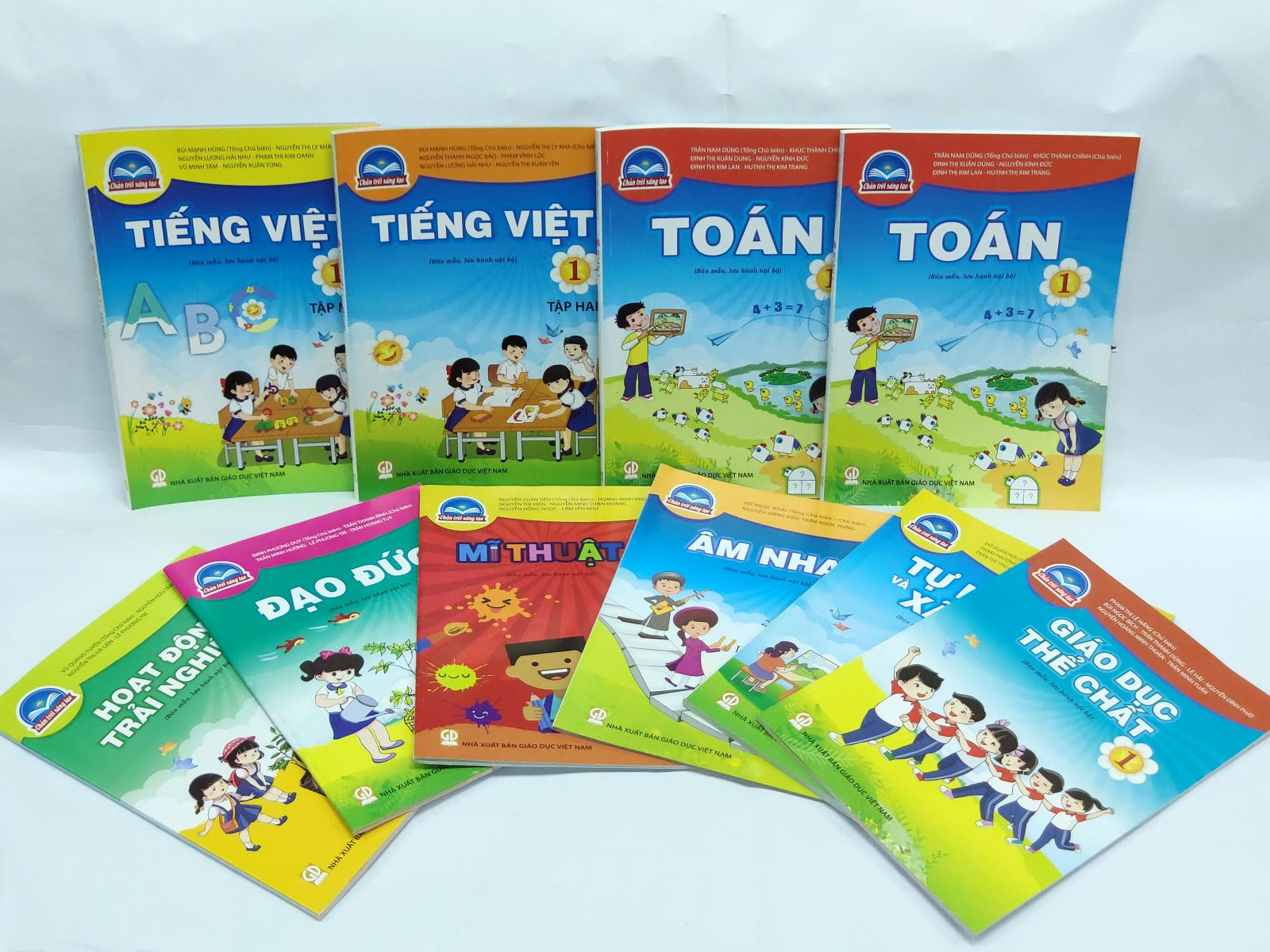 Chi tiết giá 5 bộ sách giáo khoa lớp 1 mới sẽ được sử dụng từ năm học 2020-2021, cha mẹ chú ý để chuẩn bị cho con - Ảnh 5.