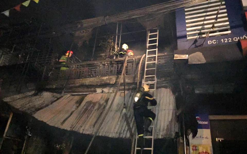 Hà Tĩnh: Hỏa hoạn thiêu rụi căn nhà 2 tầng lúc rạng sáng, 2 ông cháu tử vong thương tâm
