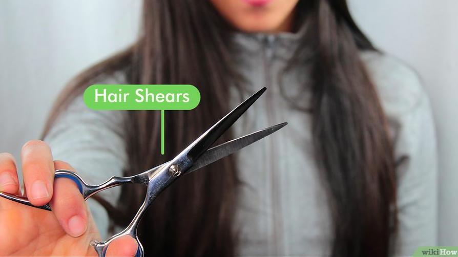"""Tự tỉa tóc chẻ ngọn ở nhà vẫn ra """"đúng hàng thẳng lối"""", không ngờ công đoạn xén tóc lại đơn giản hơn tôi tưởng - Ảnh 1."""