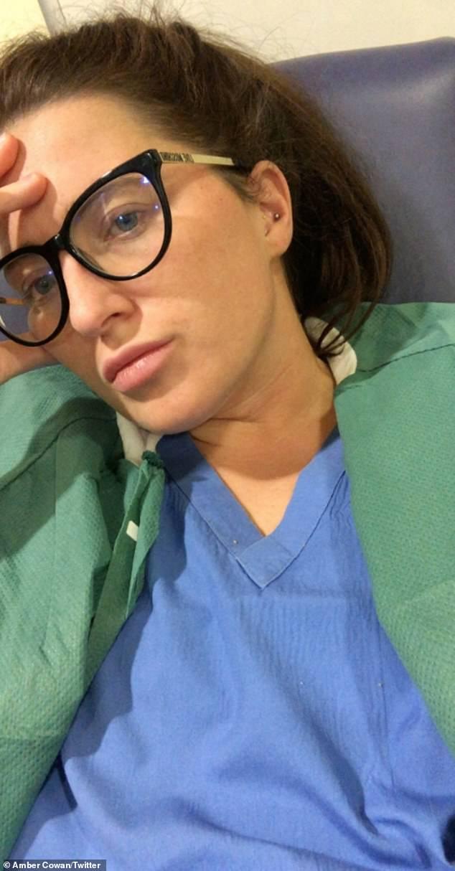 Trước khi bước vào trận chiến chống Covid-19, nữ y tá được bệnh viện yêu cầu viết di chúc rồi gạt nước mắt nhận nhiệm vụ bước lên tuyến đầu - Ảnh 2.