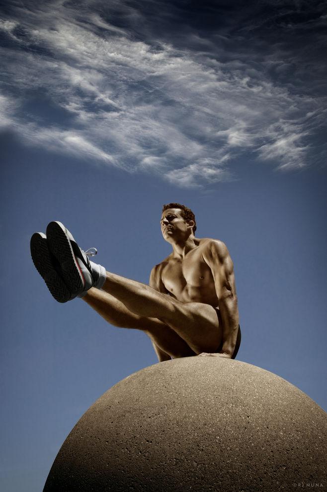 Ngắm sự hoàn mỹ của cơ thể người để có thêm động lực tập luyện tăng cường sức khỏe tại nhà - Ảnh 20.