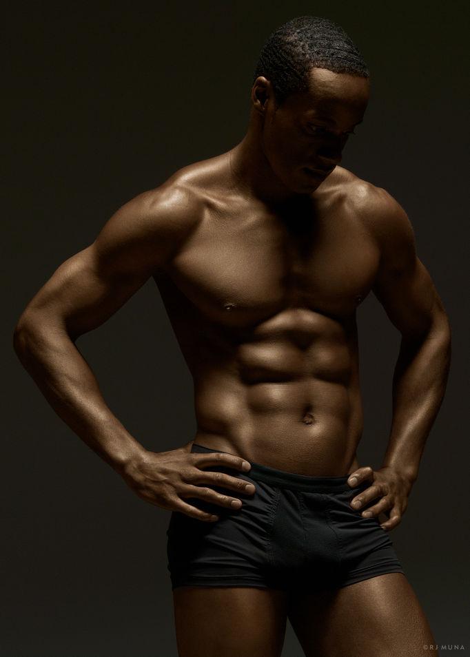 Ngắm sự hoàn mỹ của cơ thể người để có thêm động lực tập luyện tăng cường sức khỏe tại nhà - Ảnh 8.