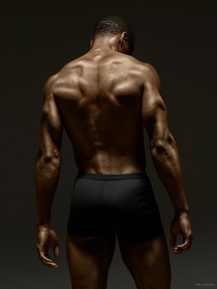 Ngắm sự hoàn mỹ của cơ thể người để có thêm động lực tập luyện tăng cường sức khỏe tại nhà - Ảnh 10.