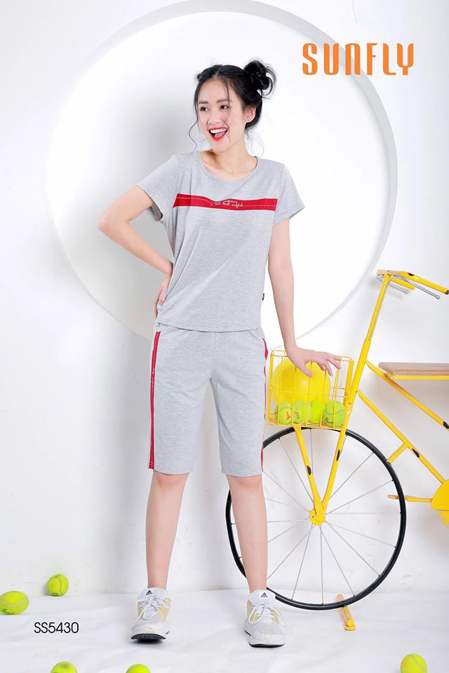 """3 phong cách thời trang mặc nhà dự báo sẽ """"làm mưa làm gió"""" mùa Xuân - Hè 2020 - Ảnh 4."""