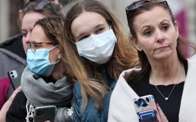 Số ca tử vong do dịch Covid-19 vượt quá 1.200, nước Anh được đặt trong tình trạng khẩn cấp