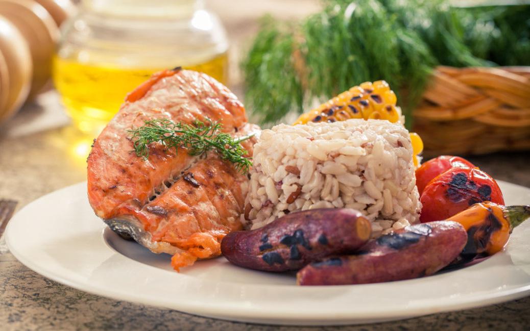 Muốn cơ thể luôn dồi dào năng lượng lại muôn phần xinh đẹp, tươi trẻ, mỗi bữa ăn cần đảm bảo điều này!