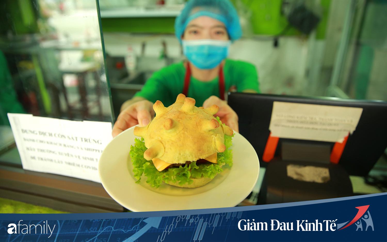 Chuyện lạ có thật ở Hà Nội: Cửa hàng làm bánh burger... corona nhằm truyền cảm hứng chống dịch