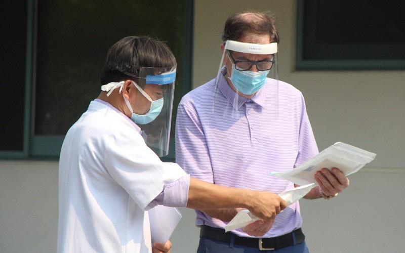 Tin vui: Thêm 2 bệnh nhân được công bố khỏi bệnh Covid-19, trong đó có bệnh nhân 71 tuổi