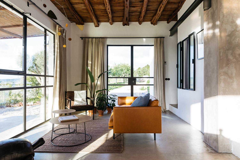 Căn nhà cấp 4 trên đảo tạo ấn tượng đặc biệt nhờ kết hợp giữa kiến trúc hiện đại với thiên nhiên hoang sơ - Ảnh 9.