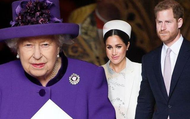 Meghan Markle chính thức chạm mặt Nữ hoàng Anh sau lùm xùm có thái độ vô lễ, nét mặt khác thường của cả hai thu hút sự chú ý - Ảnh 4.