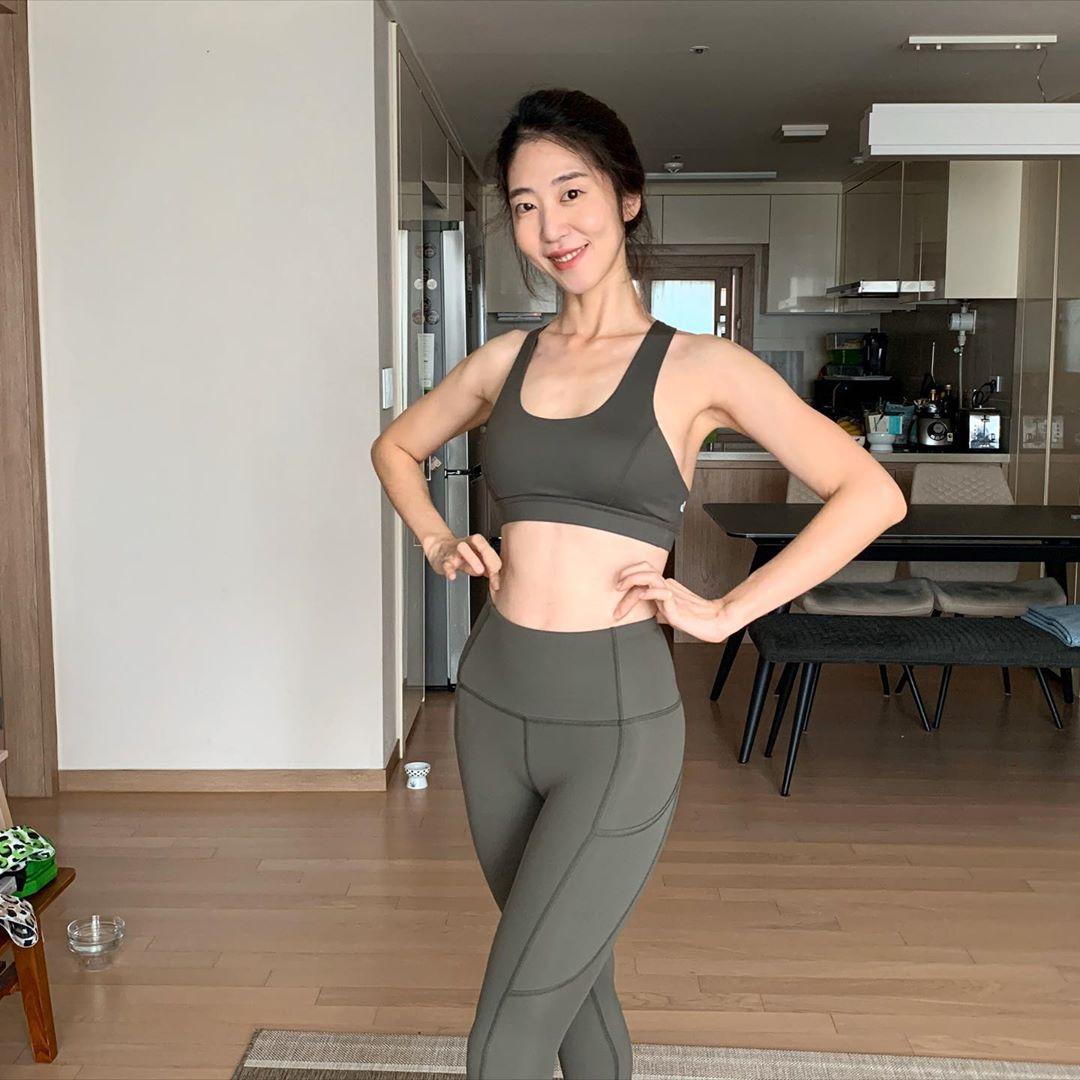 Giữ dáng thời 4.0: 7 ứng dụng tập gym hỗ trợ giảm cân cực hiệu quả, giúp chị em có body siêu nuột sau thời gian nghỉ tránh dịch 1