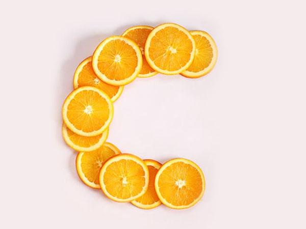 """Không chỉ tăng cường miễn dịch, vitamin C còn là """"kho báu bí mật"""" cho sức khỏe luôn dồi dào bởi những nguyên nhân này - Ảnh 2."""