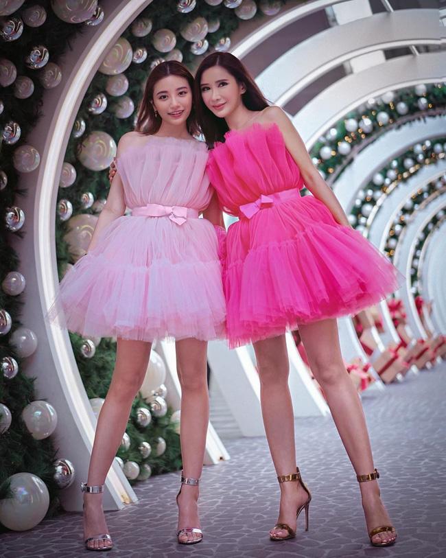 """Vì sơ sểnh lộ thân hình khẳng khiu mà Hương Giang kém đẹp hơn vợ 2 Minh Nhựa và """"bà hoàng Hermes"""" khi cùng diện váy công chúa - Ảnh 4."""