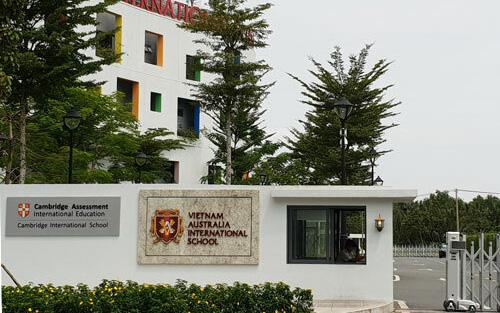 Vụ thu học phí cả trăm triệu đồng cho 3 tháng dù tiền đóng trước đó chưa sử dụng đến: Trường Quốc tế càng gây bức xúc khi đưa ra lý do