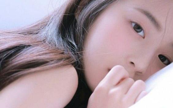 Phụ nữ đi ngủ vào buổi tối nếu có đủ 4 dấu hiệu này chứng tỏ thận đang hoạt động vô cùng khỏe mạnh
