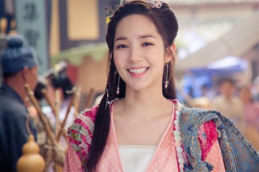 """""""Lê hấp đường phèn"""" vừa hết Ngô Thiến đã bị réo gọi vì phim đóng với Trương Hàn - Park Min Young chưa phát sóng - Ảnh 12."""
