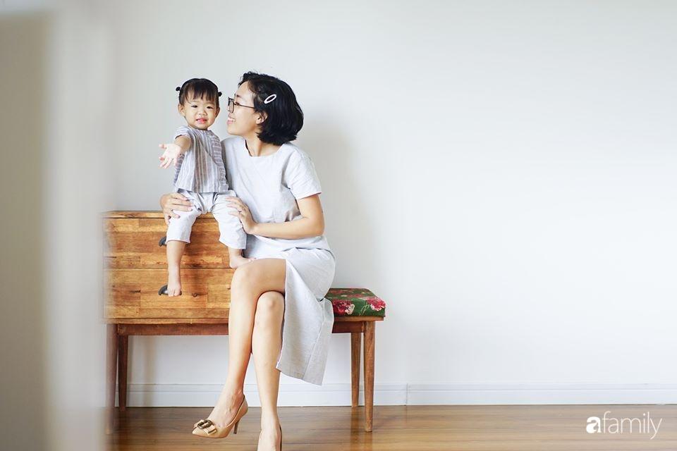 Căn hộ thuê lại được thiết kế nội thất thẩm mỹ và tối giản của cặp vợ chồng yêu thích sống tự do ở Sài Gòn - Ảnh 2.