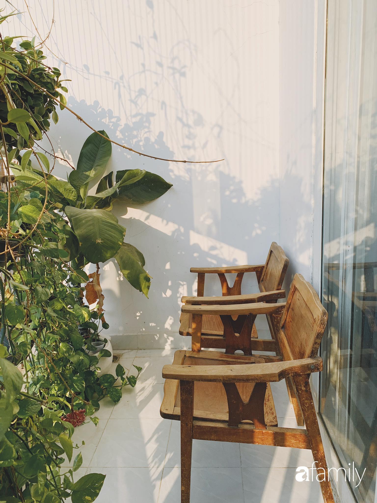 Căn hộ thuê lại được thiết kế nội thất thẩm mỹ và tối giản của cặp vợ chồng yêu thích sống tự do ở Sài Gòn - Ảnh 14.